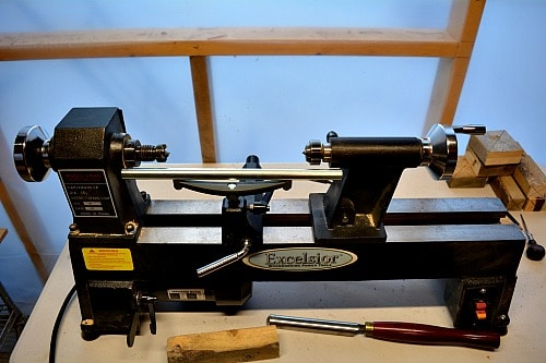 Turning Blanks: lathe set up for spindle work